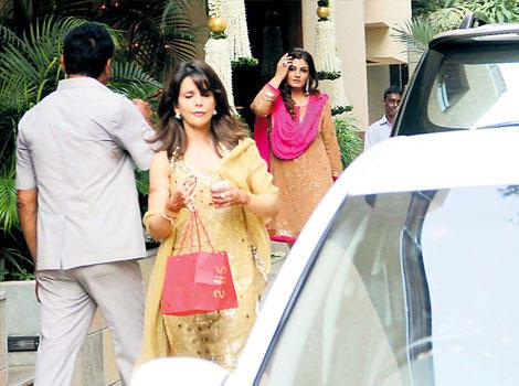 Raveena Tandon at Aishwarya's Baby Shower function