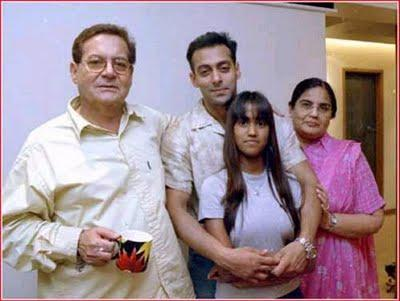 Arpita Khan with family