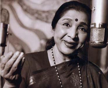 Asha Bhosle at a recording studio