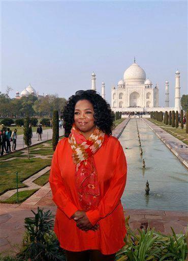Oprah at the Taj Mahal