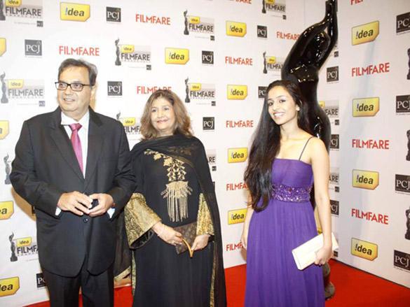 celebs at  the 57th Idea Filmfare Awards