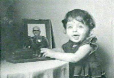 Cute Aishwarya Rai Childhood Photo