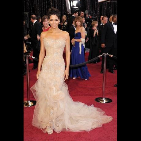 Halle Berry at Academy Awards 2011
