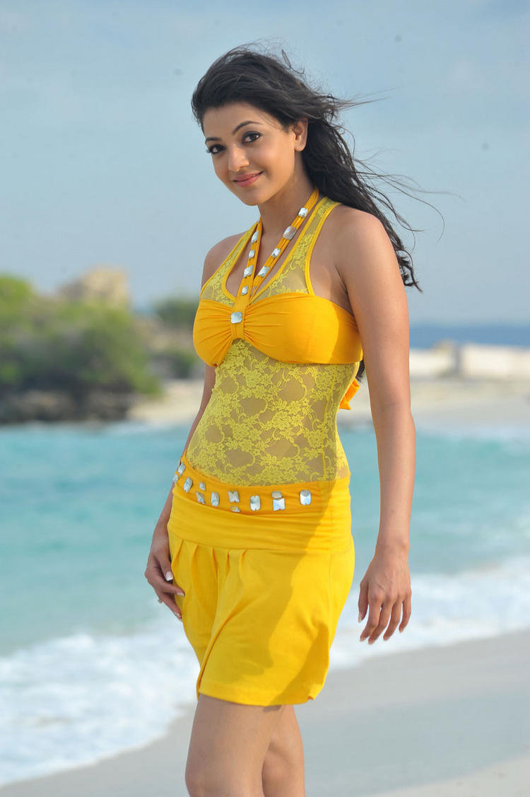 kajal agarwal BusinessMan Movie mini dress still