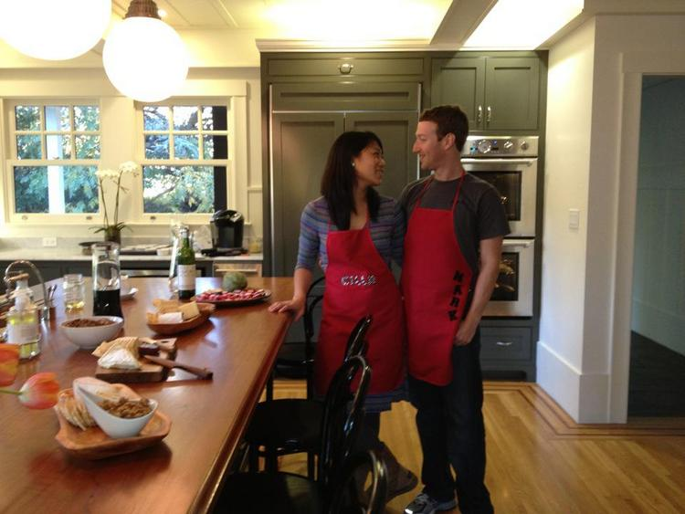 Mark Zuckerberg with girlfriend Priscilla Chan