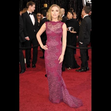 Scarlett Johansson at Academy Awards 2011