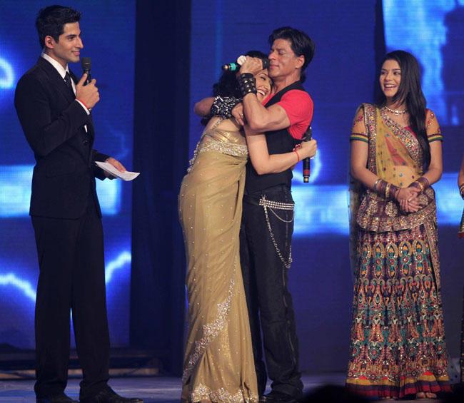Shahrukh Khan & Anushka Sharma At RaOne Music Launch