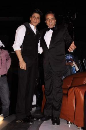 Shahrukh Khan, Dharmendra At India's Got Talent (Season 3) Grand Finale 2011