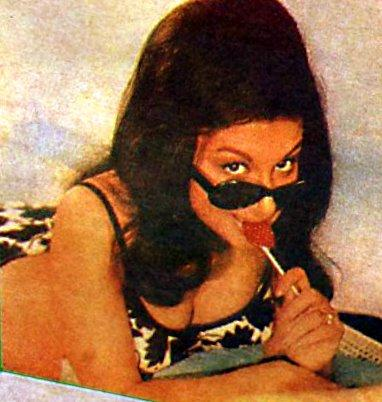 Sharmila Tagore Lolita Look