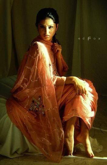Sunny in Sari