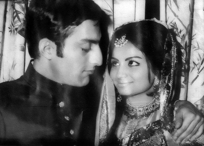Young Tiger Pataudi With Wife Sharmila Tagore