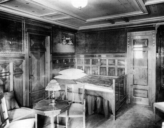 Titanic - Inside view of Room