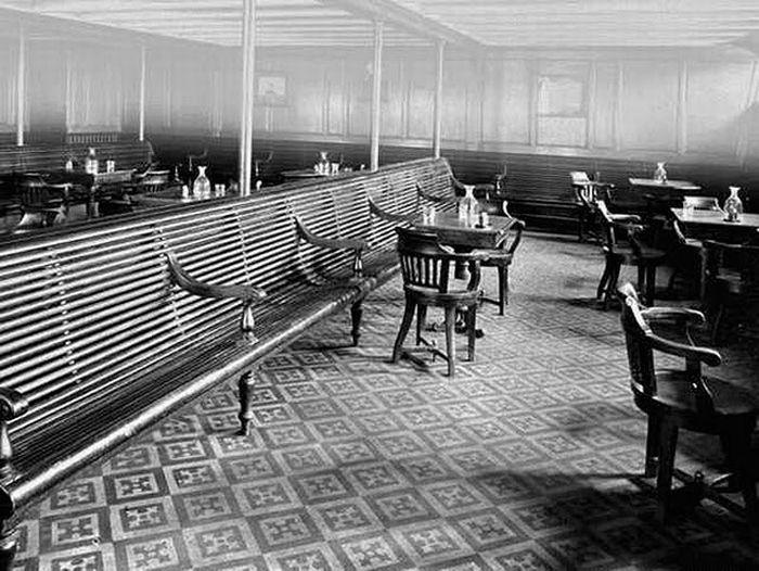 Titanic - Relaxing area