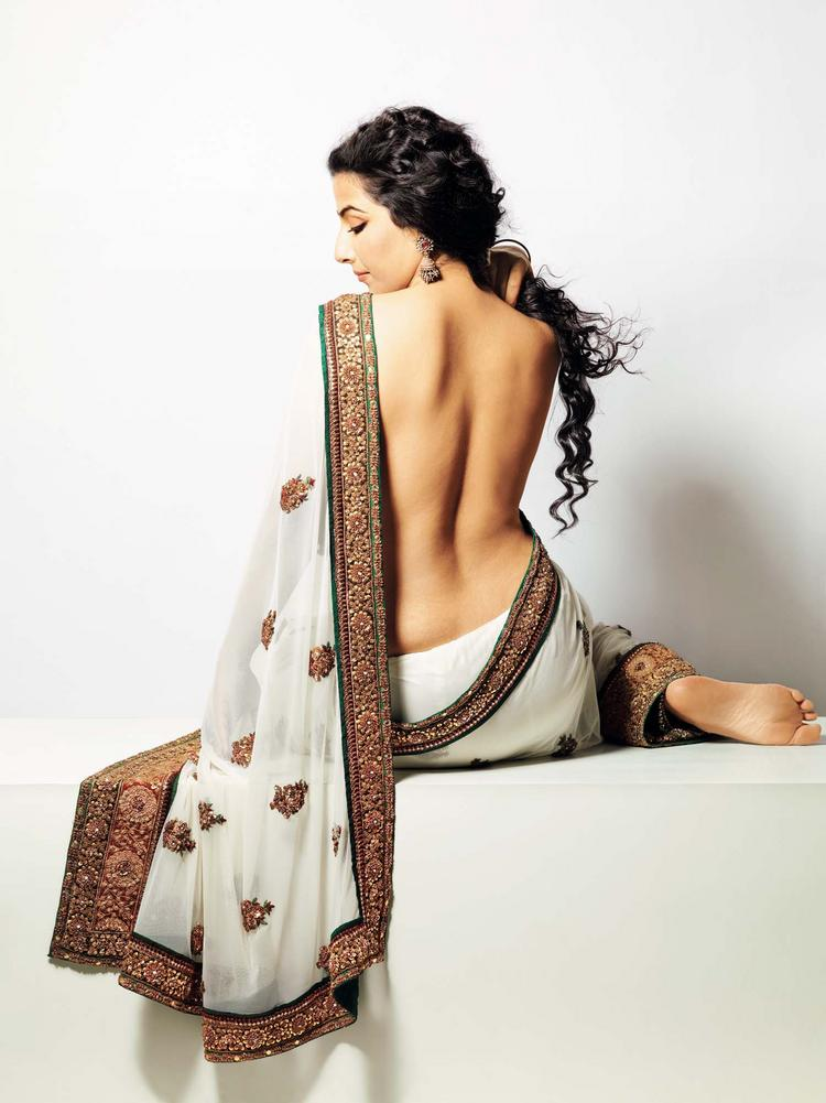 Vidya Balan - backless