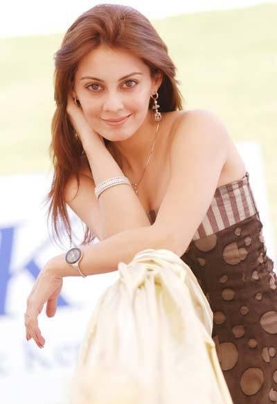 Bollywood Babe Minissha Lamba images