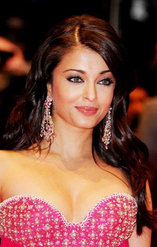 Top 10 Hot Bollywood Actress Aishwarya Rai Bachchan, Bollywood Beauty ...