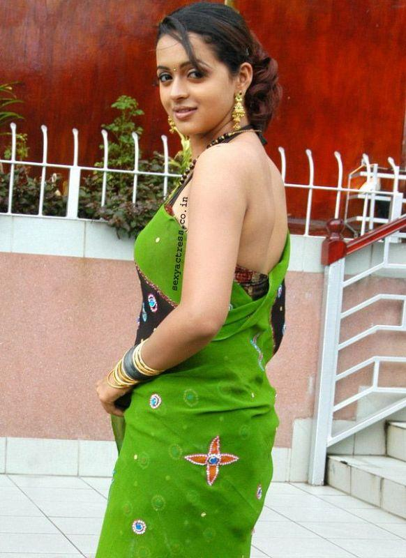Bhavana sexy back expose in saree, Mallu Beauty Bhavana Latest photos ...