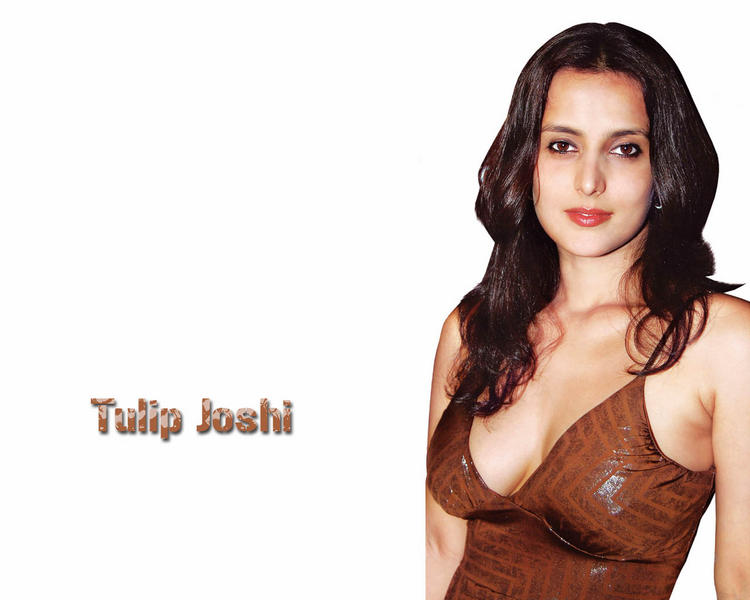 Spicy and Hot Tulip Joshi latest wallpapers