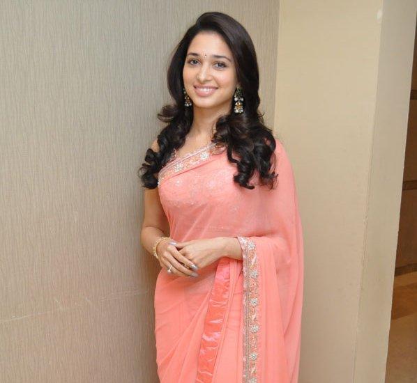 Tamanna In Saree In Rebel: Tamanna Bhatia Pink Saree Awesome Pic, Sizzling Model