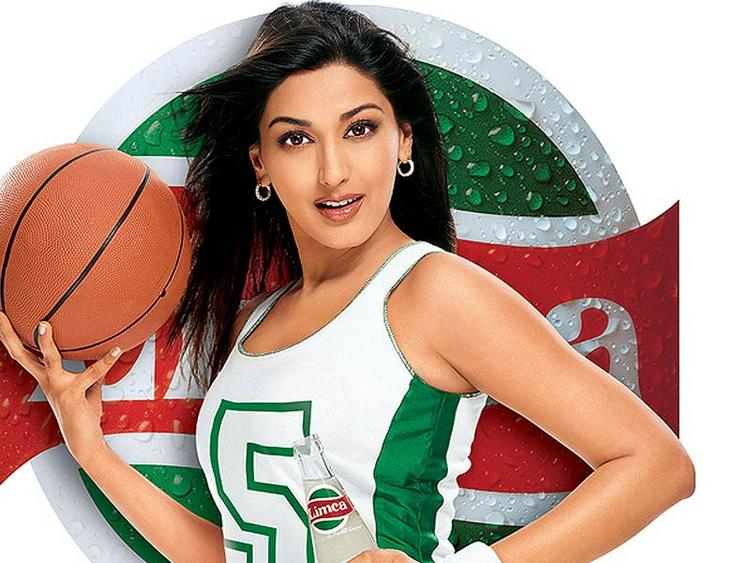 Sonali Bendre Limca Ad Wallpaper