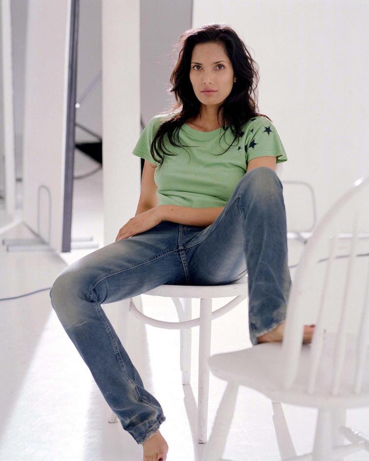 Padma Lakshmi - High quality image size 470x720 of Padma