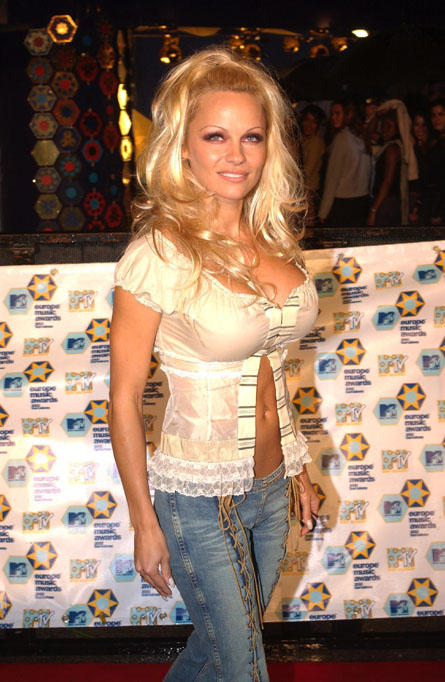 Pamela Anderson Glamour Still With Tight Jeans