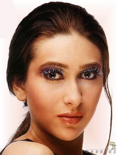 Karishma Kapoor glazing eyes look, Karishma Kapoor photos ...