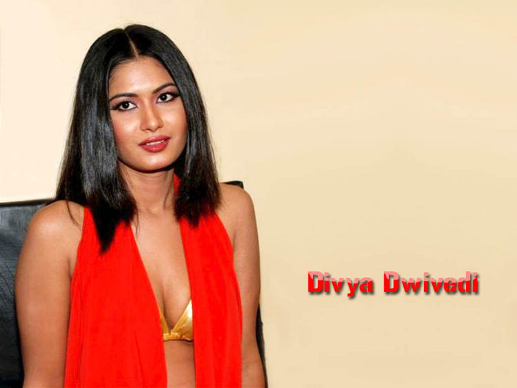 Divya Dwivedi red hot pics