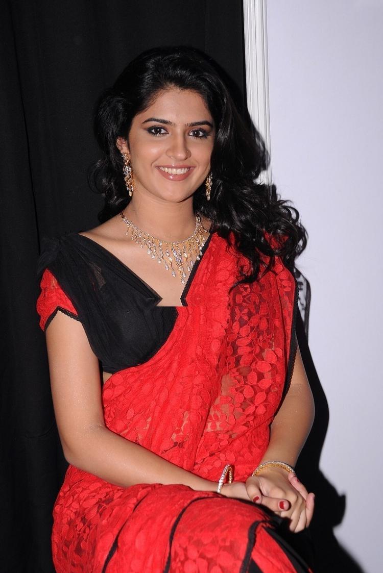 Deeksha Seth latest sexy pics,images