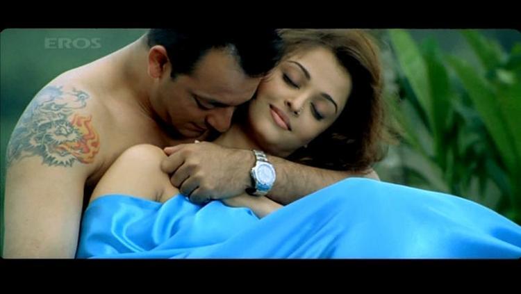 aishwarya rai on bed for pinterest