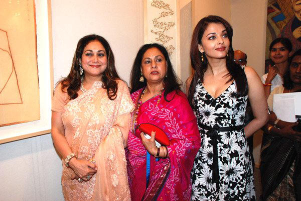 Enhance Beauty Aishwarya Rai Wallpapers and Photos