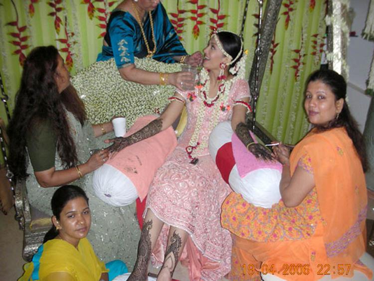 Aishwarya Rai Wedding Mehendi Ceremony Still