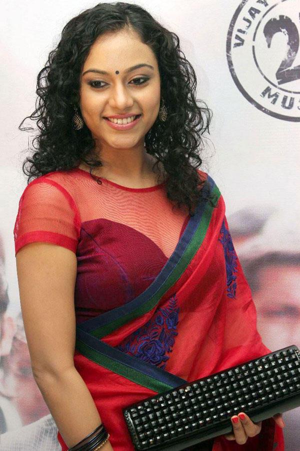 Rupa Manjari Hot Pics in Transparent Red Saree at Naan Movie Audio Launch, Rupa Manjari Hot ... Naan Sigappu Manithan Tamil Movie