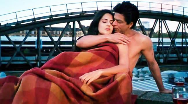 Shahrukh and Katrina Hot Scene In Jab Tak Hai Jaan Movies Song
