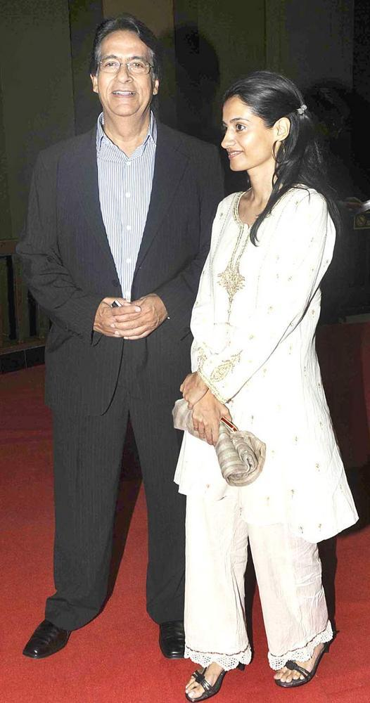 Amitabh Brother Ajitabh With Wife Ramola Snapped At Art Exhibition