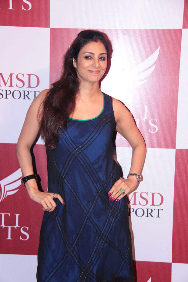 Tabu Smiling At Dhoni Bike Racing Launch