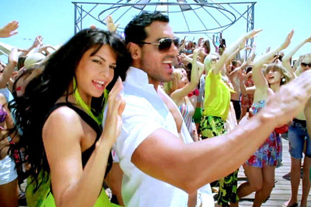 John Abraham And Jacqueline Fernandez Cool And Rocked In Race 2