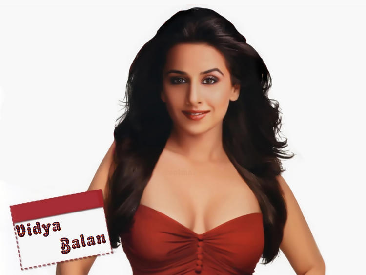 Vidya Balan Open cleavage Show Wallpaper