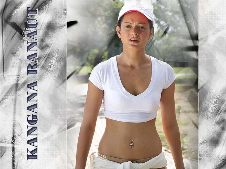 Kangana Ranaut Hot navel Show Wallpaper
