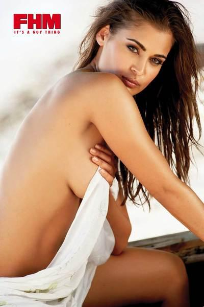 South African Actress Shashi Naidoo Sexiest Wallpaper