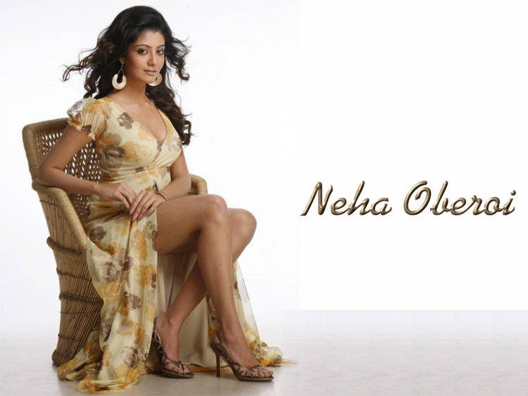 Sexy Neha Oberoi Busty Thighs Show Hot Wallpaper