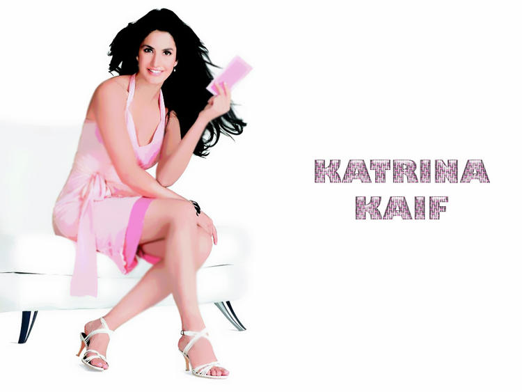 Katrina Kaif Milky Legs Pic In Pink Dress