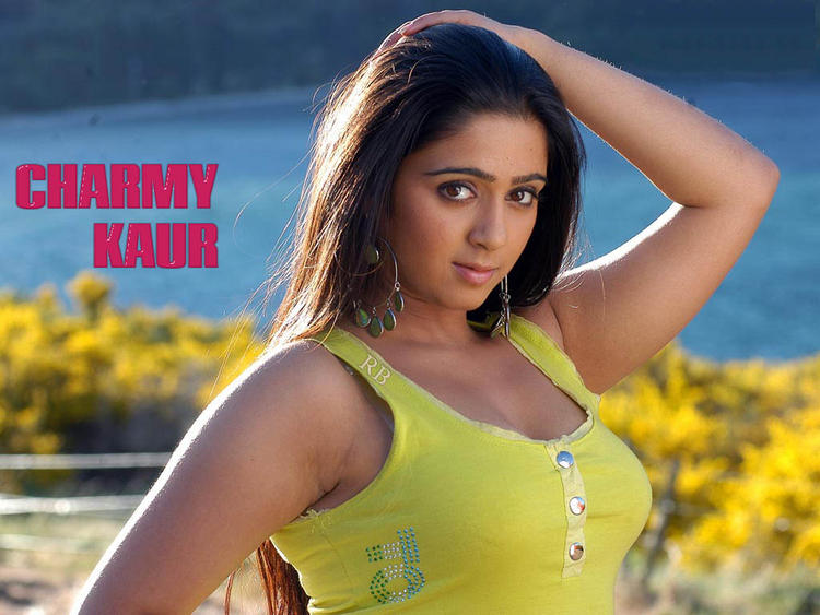Charmy Kaur Sexy Look Wallpaper , Charmy Kaur Hot and Sexy ...