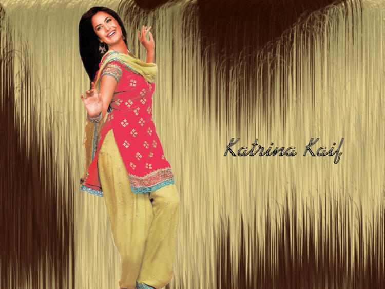 Katrina Kaif Cute Wallpaper In Salwar Suit