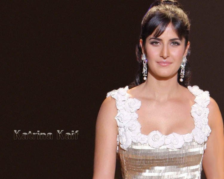 Katrina Kaif Nice Hair Style Wallpaper British Indian Actress Katrina Kaif Latest Wallpapers Memsaab Com