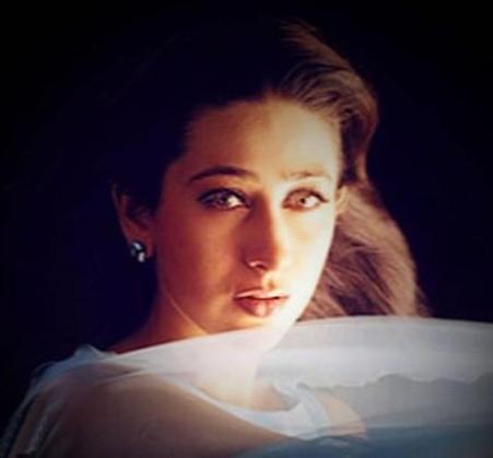 Karishma Kapoor Sexy Eyes Look Pic , Bollywood Charming ...