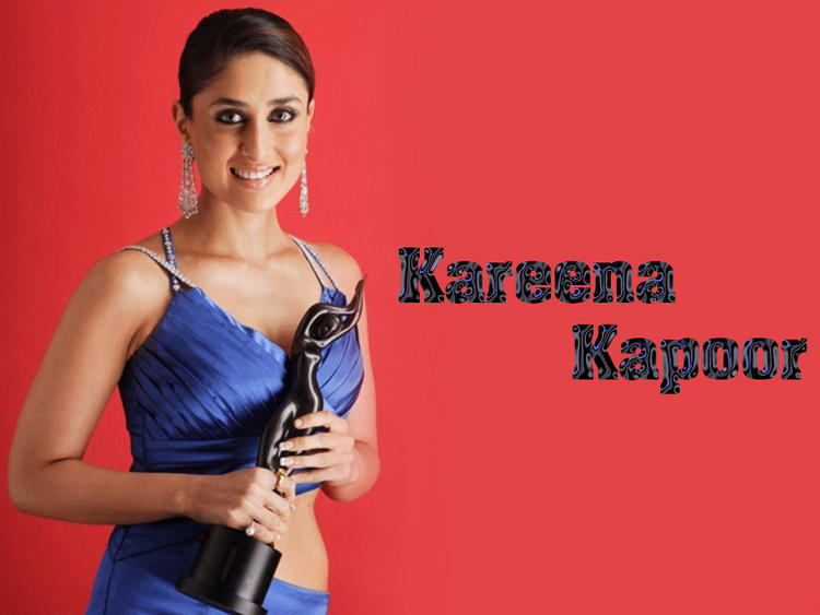 Kareena Kapoor Sexy Blue Dress Still With Idea Filmfare Award