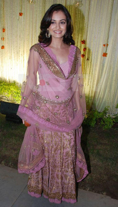 Diya Mirza Pink Lehnga Beauty Still