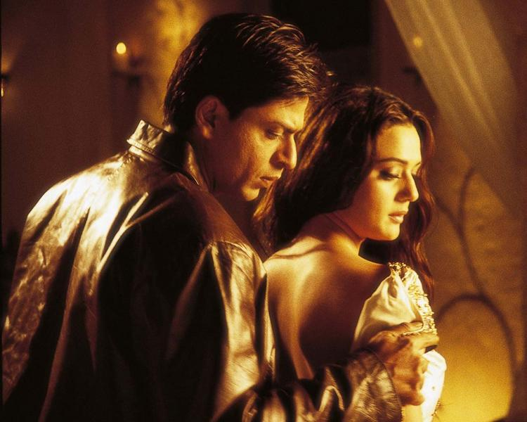 Preity Zinta With Shahrukh Khan Hot Pics In Veer Zaara