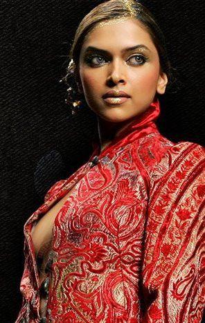 Deepika Padukone Nipple Show Still